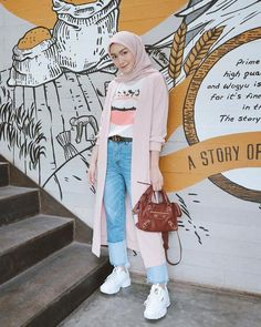 Modest Fashion Hijab, Street Hijab Fashion, Casual Hijab Outfit, Ootd Hijab, Ootd Fashion, Style Hijab Simple, Hijab Style Tutorial, Hijab Dress Party, Hijab Fashion Inspiration