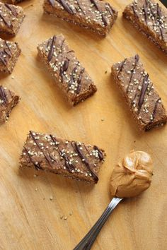 Gluten-Free Vegan Protein Bars | Cut these on-the-go breakfast bars according to the recipe and you'll get 10 with 16g/protein each. Or cut them into 8 bars and get 20g each. The choice is yours.