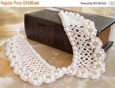 ON SALE Wedding Collar Bridal Pearl Necklace Pearl Beaded