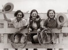 Famous Historical Cowgirls | 1930s rodeo gals. (FPG / Getty Images)