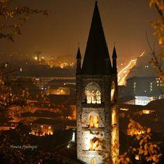 """""""Mi piace"""": 102, commenti: 4 - Piemonte ➡ Italy travel (@yallerspiemonte) su Instagram: """" Rivoli   Torino  Photo by @mony_nikka  Ammirando il panorama dal Castello di Rivoli si può…"""""""