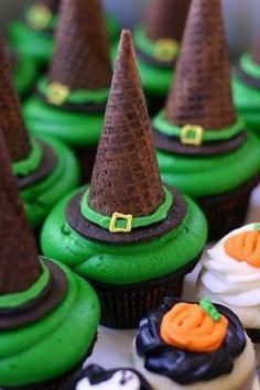 waffl, witch hats, halloween witches, halloween parties, hat cupcak