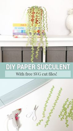 Make these adorable string of pearls DIY paper succulents with my hand drawn free paper succulent plant template. Includes free SVG file for Cricut or Silhouette. Diy Home Crafts, Diy Craft Projects, Craft Tutorials, Crafts For Kids, Free Paper, Diy Paper, Paper Crafts, Paper Succulents, String Of Pearls