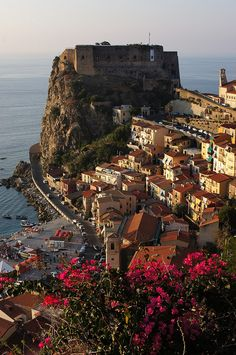 Scilla and its Castle - in Italy near Sicily -- .......... (-.not a peaceful name in English )