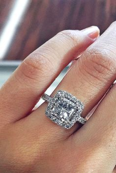 Idée et inspiration Bague De Fiançailles :   Image   Description   18 Breathtaking Princess Cut Engagement Rings ❤ See more: www.weddingforwar… #wedding #princess #cut #engagement #rings