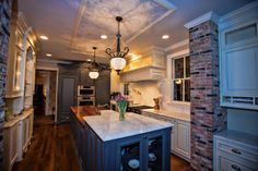 Maryland Woodworker Captures 2014 BEST Kitchen Design Contest