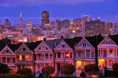 Amazing Photos from Around the Net: Line of classic houses in San Francisco, Californi...