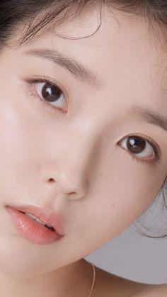 Korean Makeup, Korean Beauty, Asian Beauty, Natural Face, Natural Makeup, Iu Twitter, Close Up Faces, Singer Fashion, Asian Short Hair