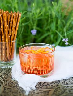 Coffee infused Aperol & Tonic Kaffeinfuserad Aperol & Tonic