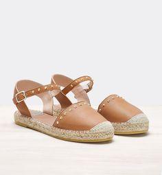 http://www.polinetmoi.com/alpargatas-planas/alpargata-merceditas.html#/shoes_size-36/color-cuero