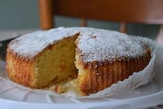 This Apricot & Almond Sponge Cake is a perfect alternative to buttercream-laden sandwich cakes. Baking Recipes, Cake Recipes, Meals Without Meat, Greek Cookies, Greek Desserts, Cooking Cake, Sandwich Cake, Yummy Cakes, No Bake Cake