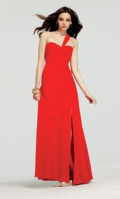 Do you want to look like your favourite Hollywood star at the prom night? Faviana prom dresses are a must-have for those who want to have a style Bridesmaid Dresses Uk, Homecoming Dresses, Bridal Dresses, Prom Gowns, Dresses Dresses, Long Dresses, Dress Long, Summer Dresses Online, Red Summer Dresses