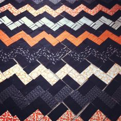 zig zag quilt-  no Directions- just A good close up look of how it's pieced together