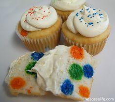 The Sasse Life: Polka Dot Cupcakes