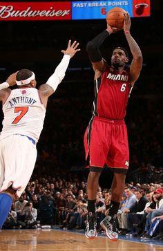 Miami Heat Basketball, Basketball Is Life, Nba Basketball, King Lebron James, King James, Lebron James Miami Heat, Nba Stars, Lacrosse, Espn