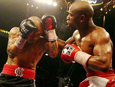 Mayweather defeats Cotto  Mayweather used his quickness and accuracy throughout the bout.