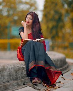 Indian Wedding Couple Photography, Romantic Couples Photography, Indian Photoshoot, Saree Photoshoot, Portrait Photography Poses, Couple Photography Poses, Girl Photo Poses, Girl Poses, Saree Poses