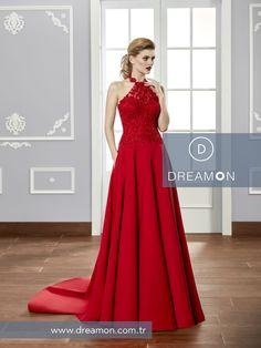 Harika rengi, şık dantelleti ve muhteşem etek detaylarıyla Apollo modeli DreamON mağazalarında www.dreamon.com.tr  #dreamon #gelinlik #style #lostinlove #koleksiyon #gelinlikmodelleri #nisanlık #wonders #apollo #wedding #abiye #dreamongelini #abiyemodelleri #couture #dreamonplaza #mutluluk
