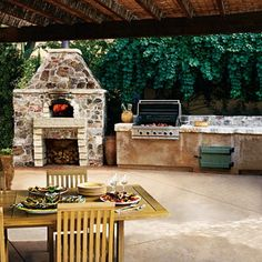 Outdoor kitchens....LOVE! If only I could get Hunky Hubby to build me a pergola to go with it...! Such a great entertaining space!