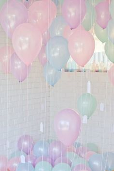 Whether you are the one doing the proposing or the one being proposed to, your Proposal Day is one of the most important days of your life. So, why not fill it to the brim with pretty pastel balloons, yummy treats
