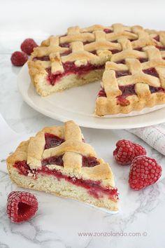 Crostata di confettura (classica) - Raspberry jam weaving tart | From Zonzolando.com