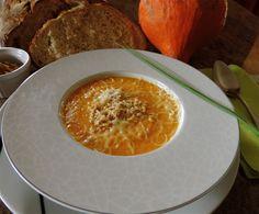 Soupe de courge aux noix et comté - Powered by @ultimaterecipe