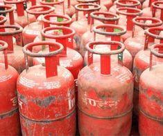 LPG सिलेंडर की कीमतों में एक बार फिर बढ़ोतरी हुई है। 15 दिन में ही गैर-सब्सिडी वाले एलपीजी सिलेंडर 50 रुपये महंगा हो चुका है। आज एक Price Increase, Fire Extinguisher, Live