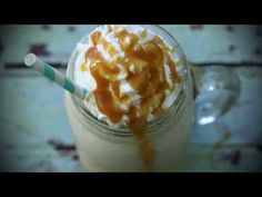 Make your very own Starbucks Caramel Frappuccino with just a few ingredients! This creamy frappuccino will satisfy all your cravings at a fraction of the cost. Starbucks Caramel Frappuccino, Homemade Frappuccino, Frappuccino Recipe, Starbucks Drinks, Frappe, Coffee With Alcohol, How To Make Caramel, Coffee Recipes, Drink Recipes