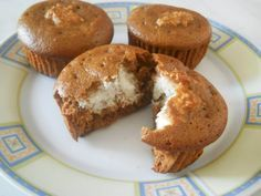 Brioșe cu cocos Muffins with coconut Baby Food Recipes, Cookie Recipes, Romanian Desserts, Pastry Cake, Homemade Cakes, Diy Food, Sweet Treats, Food And Drink, Sweets
