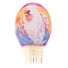 Conjunto formado por peina flamenca alta y pendientes de flamenca en tonos rosas, alberos y malvas de la colección Carteles de Sevilla.