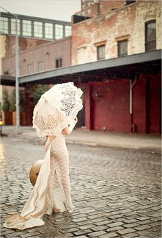 diy wedding gown. vintage inspired of course