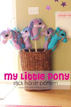 Just Between Friends: DIY Stick Horses | Free Pattern
