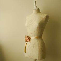 Stunning full sized mannequin tailored in Peony & Sage fabric by Kimberley Bell. A beautiful linen with clusters of faded pale pink roses. Do take ...