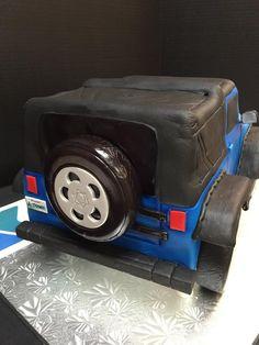 Back view of Jeep cake #jeep #cakeart #fondant