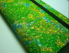 Descrição: capa para smartphone verde amarelo Modelo:002 Tamanho: 13x2x7x3 Contato: rosanawendt@yahoo.com.br  http://twitter.com/rosanawmonteiro Curta página no facebook: http://www.facebook.com/rosanawmonteiro
