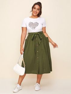 Casual Frocks, Casual Work Dresses, Modest Outfits, Skirt Outfits, Cool Outfits, Dresses For Work, Curvy Fashion, Plus Size Fashion, Girls Fashion Clothes