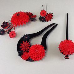 いいね!42件、コメント1件 ― @artedivaのInstagramアカウント: 「RED&BLACK #つまみ細工 #つまみ簪 #和の髪飾り #成人式髪飾り #和婚ヘア #和婚髪飾り #kanzashi #tsumamizaiku #hairornament…」
