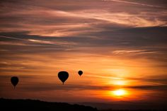 Up in the clouds Widescreen Wallpaper, Wallpaper Pc, Beautiful Wall, Beautiful Sunset, Legal Highs, Evening Sunset, Orange Sky, Beautiful Landscapes, Outdoor
