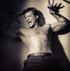 Hugh with no shirt. Hugh Jackman, Broadway Stage, Keanu Reeves, Wolverine, Gorgeous Men, Eye Candy, Handsome, Husband, Celebs