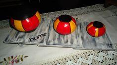 Esferas en tres medidas con base de madera