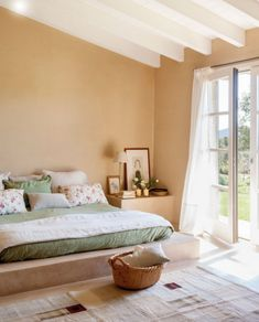 buttermilk is the main shade here, and it's made fresher with whites, and green is an accent Boys Bedroom Paint, Bedroom Paint Colors, Dream Bedroom, Room Colors, Bedroom Decor, Master Bedroom, California Bedroom, Bedroom Flooring, Interior Design Living Room