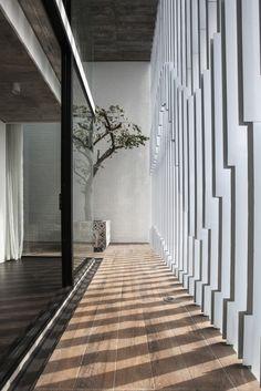 light / 7×18 House / AHL architects associates