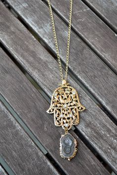 Big Hamsa Love mit Amethyststalaktit | Crystal and Sage