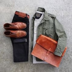 #goodevening What's in your UrbaneBox this month? https://urbanebox.com #fallstyle #urbane #fall #mensstyle #lookyourbest #dappergentleman #dapper #fashionista #fashion #dresstoimpress #style #gentlemen #gents #fallfashion #stylists #urbanebox #fashionformen #clothes #menclothes #menswear #menwithstyle #mensstyle #men #man #gifts #giftformen #happysunday