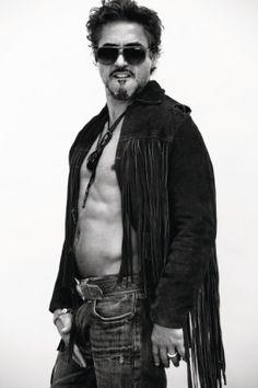 Robert Downey Jr. Soooo Sexy!