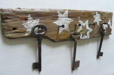 Driftwood hanger, jewelry hanger, key hanger, unique gift, key holder