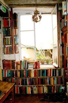 Biblioteca Caseira - Home Library Future House, My House, Graphic Design Studio, Home Libraries, Book Nooks, Reading Nook, Architecture, Bookshelves, Bookshelf Wall