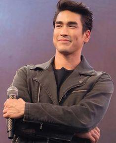 Nadech Kugimiya Thai Drama, Asian Actors, Bae, Men's Fashion, Entertainment, Stars, My Love, Couples, Fictional Characters