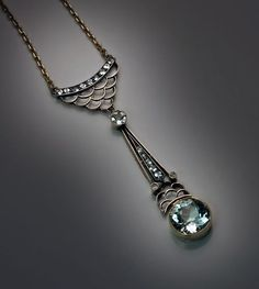 An Elegant Vintage Russian Art Deco Aquamarine Pendant Necklace     made in Moscow between 1908 and 1917