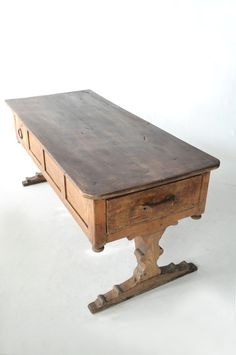 ANTIQUE GOTHIC TABLE FRANCE 1780'S